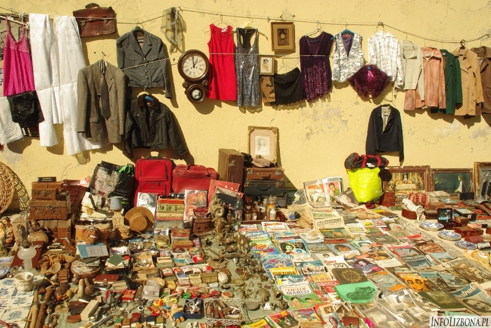 Feira da Ladra - targ złodziei na Alfamie w Lizbonie Przewodnik Fotografie