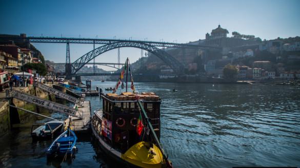 Lizbona Porto jak dojechać Dojazd autobusy pociągi samochód przewodnik po Portugalii informacje ceny wskazówki foto