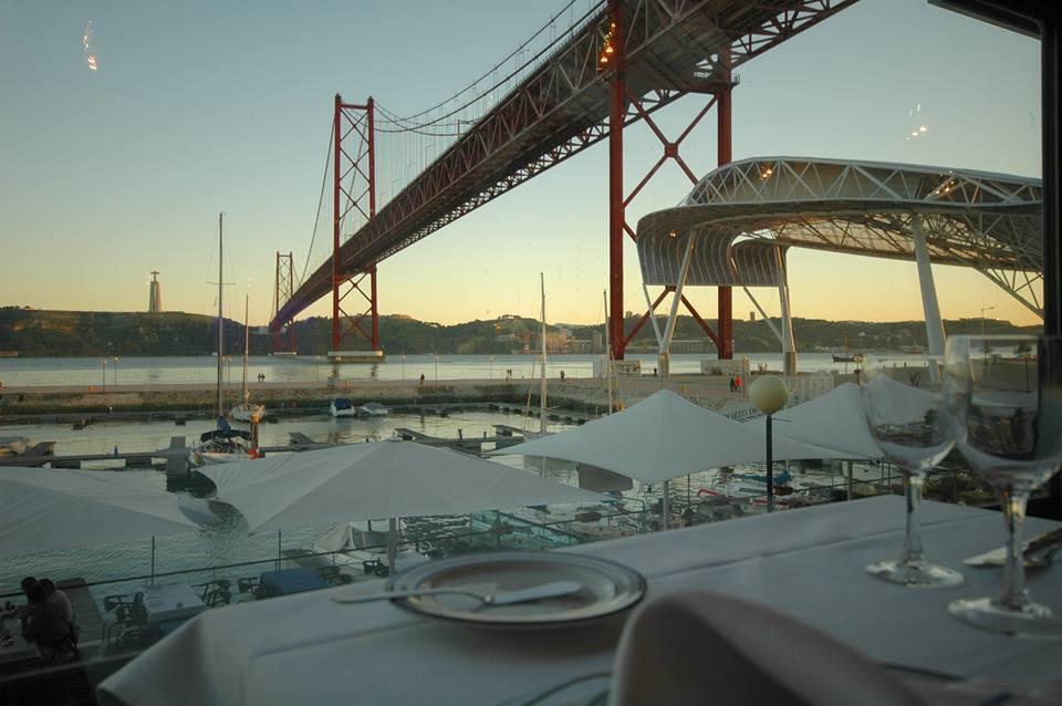 Restauracje z owocami morza 5 Oceanów Lizbona foto
