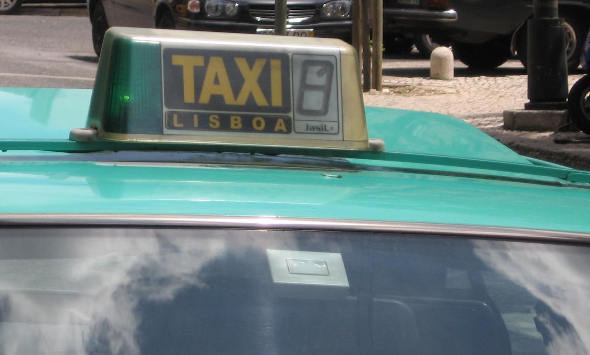 Taksówka Lizbona Ceny Opłaty Portugalia 2014