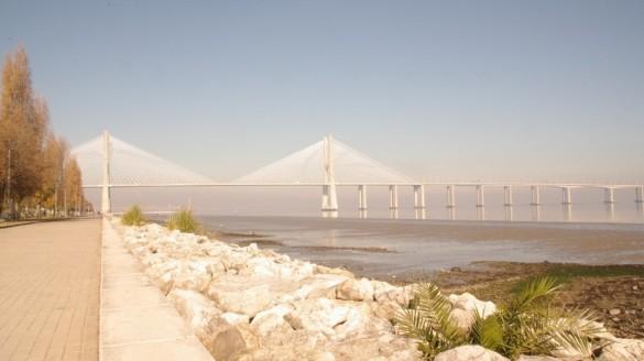 Most Vasco da Gama w Lizbonie przejazd ceny autobusy foto zdjecia fotografie