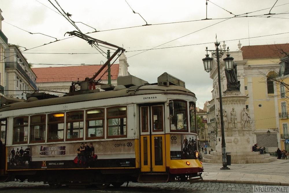 Lizbona Pomnik Luis de Camoes Bairro Alto Chiado Zabytki foto 4