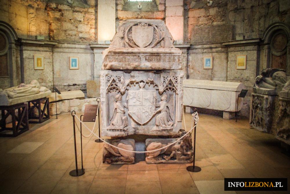 Muzeum Archeologiczne Carmo w Lizbonie Przewodnik Zwiedzanie Atrakcje Turystyczne Muzea Lizbona Foto Fotografie Zdjęcia 5