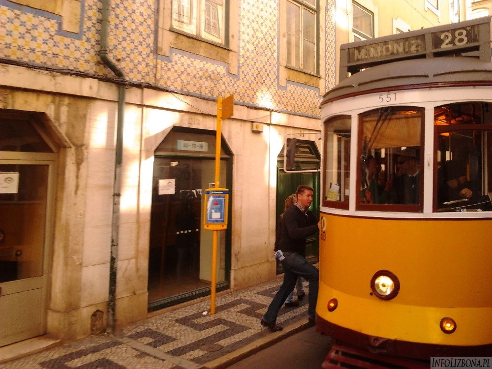 IS_Lisbon Lizbona Lisboa Alfama 3 Portugal Portugalia Zdjecia foto pics 000013