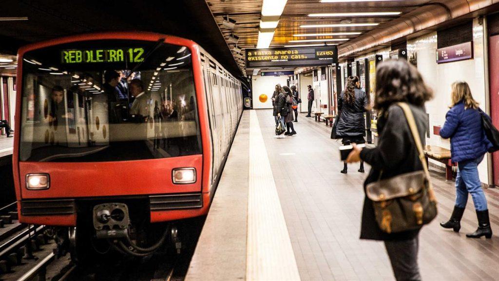 Lizbona Metro Schemat Rozkład Jazdy Linie Bilety Bilet Cena Aktualne Ceny Aplikacja Mapa Kolory Jak dojechać Jak kupić bilety Informacje Historia Diagram Jak działa metro w Lizbonie
