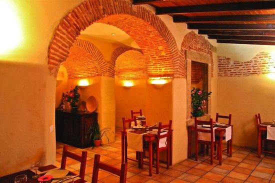Lizbona restauracje wegetariańskie i wegańskie w Lizbonie polecane restauracje najlepsze przewodnik po Portugalii najlepsze bary kawiarnie przekąski co jeść w Lizbonie opis jedzenie Lizbona 1