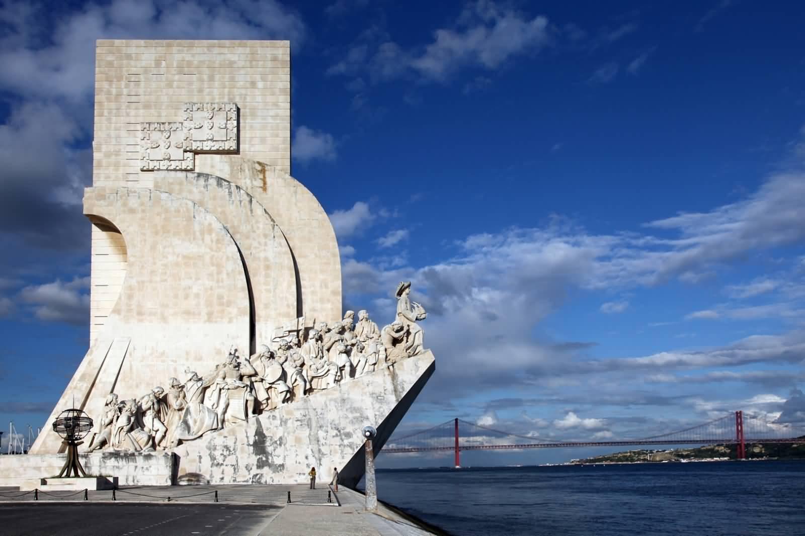 Pomnik Odkrywców w Lizbonie Polski Przewodnik po Portugalii Zwiedzanie Opis Atrakcje Zabytki Bilety Co Warto zobaczyć w Lizbona 2020