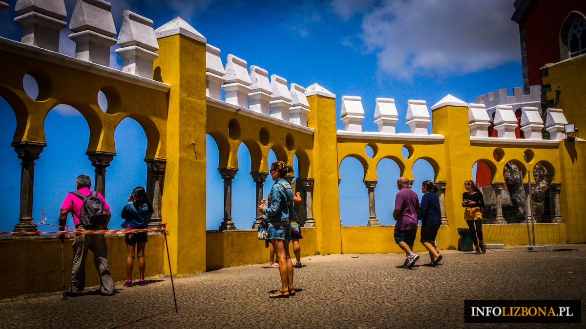 Sintra Cabo Da Roca Lizbona Cascais Jak Dojechać Autobusy Transport Publiczny Komunikacja Miejska z Lizbony do Sintry Polski Przewodnik