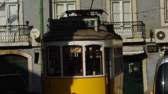 Lizbona tanie loty bezpośrednie Wizz Air do Portugalii 2