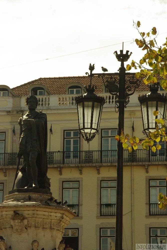 Lizbona Pomnik Luis de Camoes Bairro Alto Chiado Zabytki foto 5