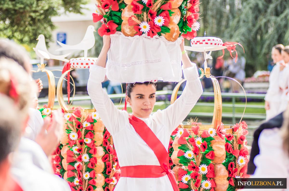 Tomar Festa dos Tabuleiros 2019 2023 Foto Festiwal Tac Portugalia Photo Przewodnik Portugal