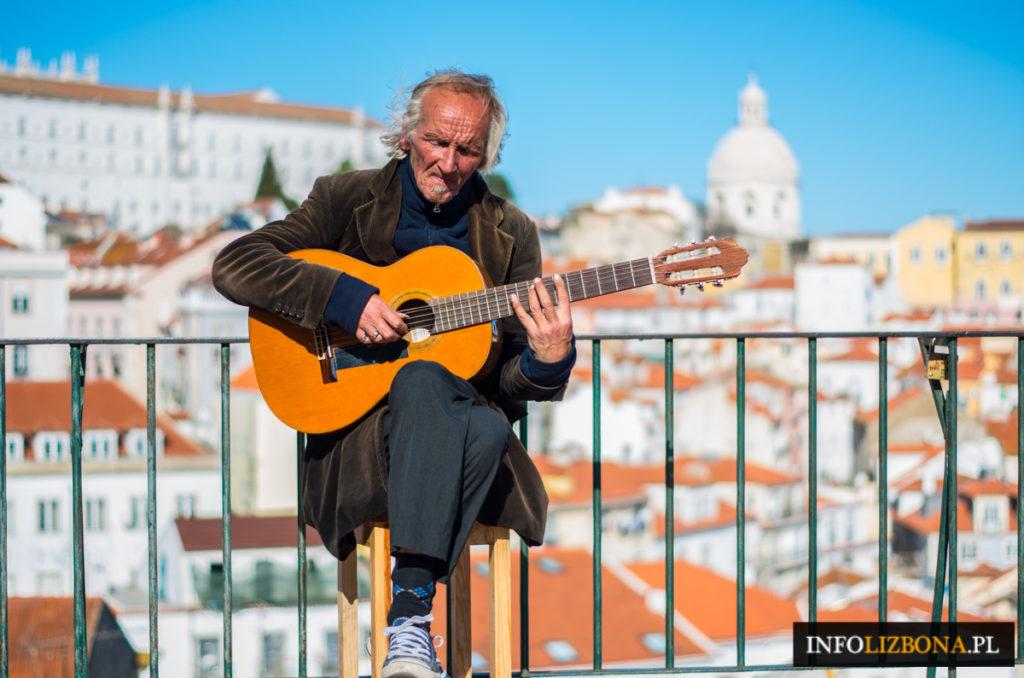 Lizbona Majówka w Lizbonie Lizbonie Lisboa Lisbon Majówki Długi Weekend Majowy w Portugalii Portugalia Wycieczki Ile Kosztuje Loty Polski Przewodnik Porady