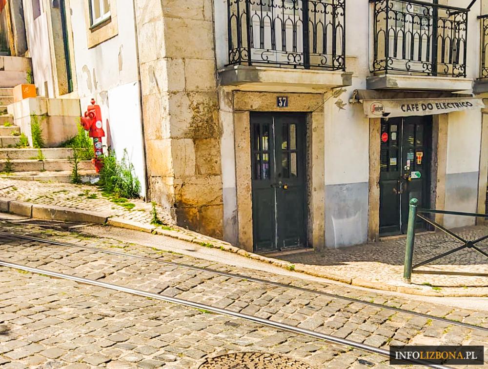 Cafe do Electrico Lizbona w Lizbonie Kawiarnia Imagine film z filmu polska kawiarnia restauracja w Portugalii Zdjęcia Opis Adres Przewodnik Zmruż oczy Café Do Eléctrico