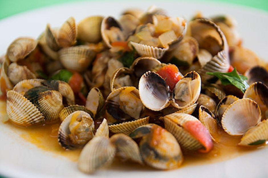 Cascais Restauracje Jedzenie Owoce Morza Kaszkais Polecane Lokalne Gdzie Zjeść w Cascais Portugalia Lizbona Restauracja Ryby Co Jeść Przewodnik