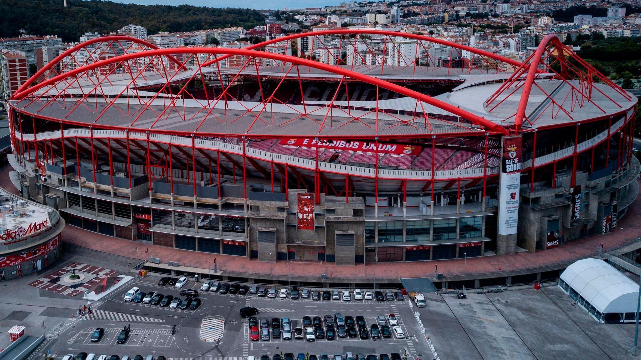 Lizbona Finał Ligi Mistrzów 2020 Turniej w Lizbonie UEFA Rozgrywki Wyniki Stadion Stadiony Portugalia w Portugalii Mecze Lisbona Liga Mistrzów Puchar Daty Bilety Wynik Informacje