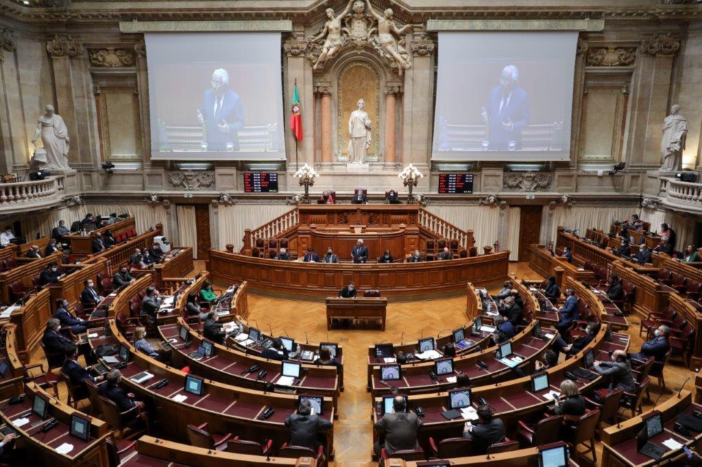 Portugalia 2021 Koronawirus COVID-19 Statystyki Zgony Zarażenie Rząd Regulacje Prawa Prawo Obostrzenia Informacje z pierwszej ręki Fakty Dane Polski przewodnik po Lizbonie i Portugalii